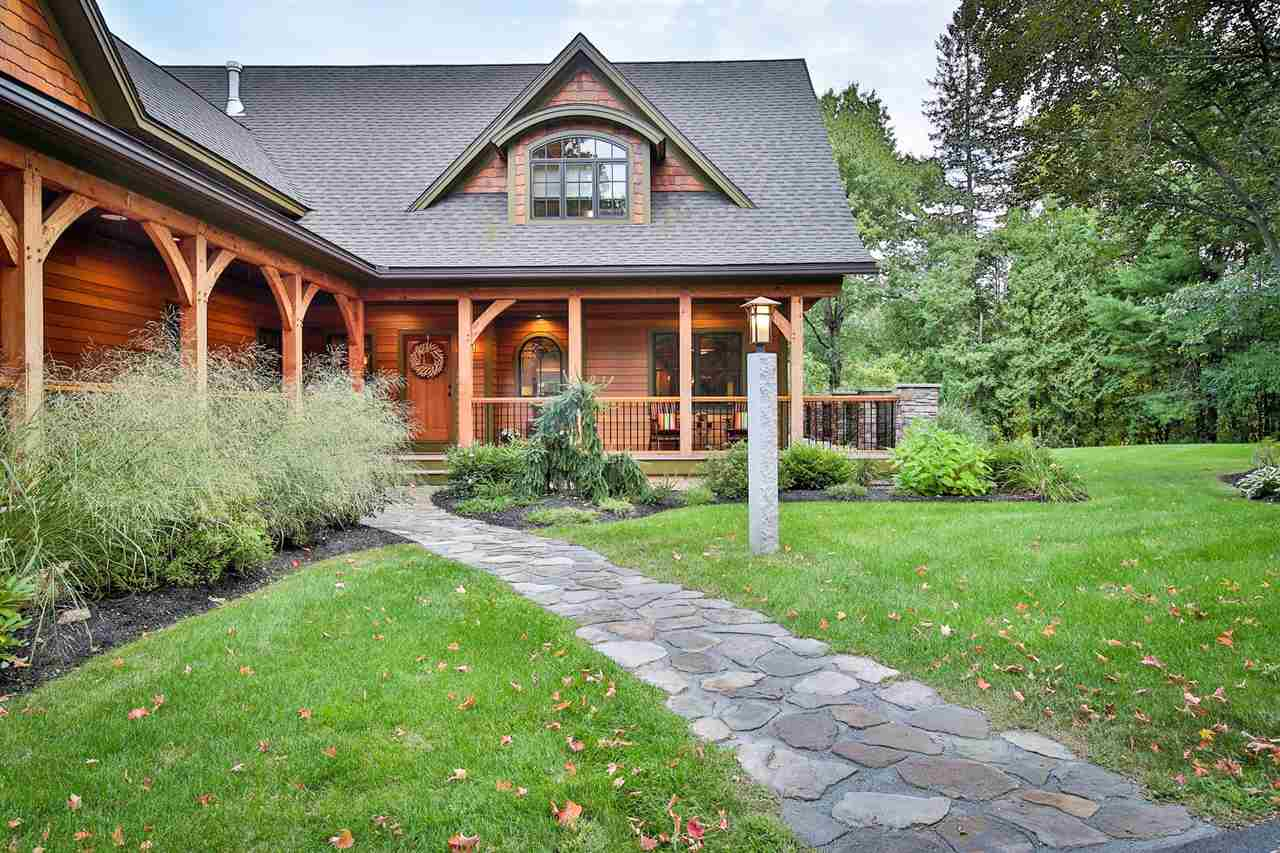 9 Knoll Crest Drive, Bedford, NH 03110