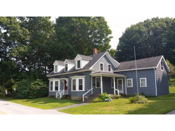 18 Bay Rd, Newmarket, NH 03857