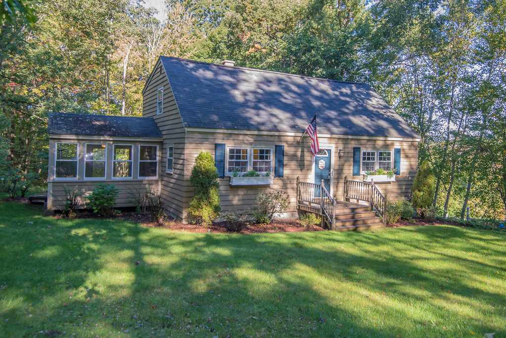 1 Diana Road, Derry, NH 03038