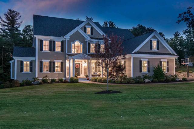 60 Settlers Ct, Bedford, NH 03110