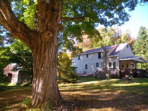 43 Leavitt Rd, Belmont, NH 03220