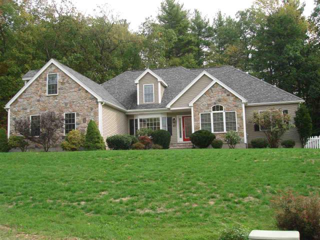 10 Victoria Ln, East Hampstead, NH 03826
