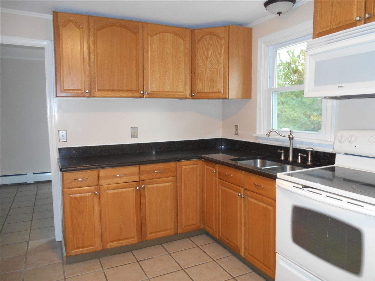 285 River Road, Claremont, NH 03743