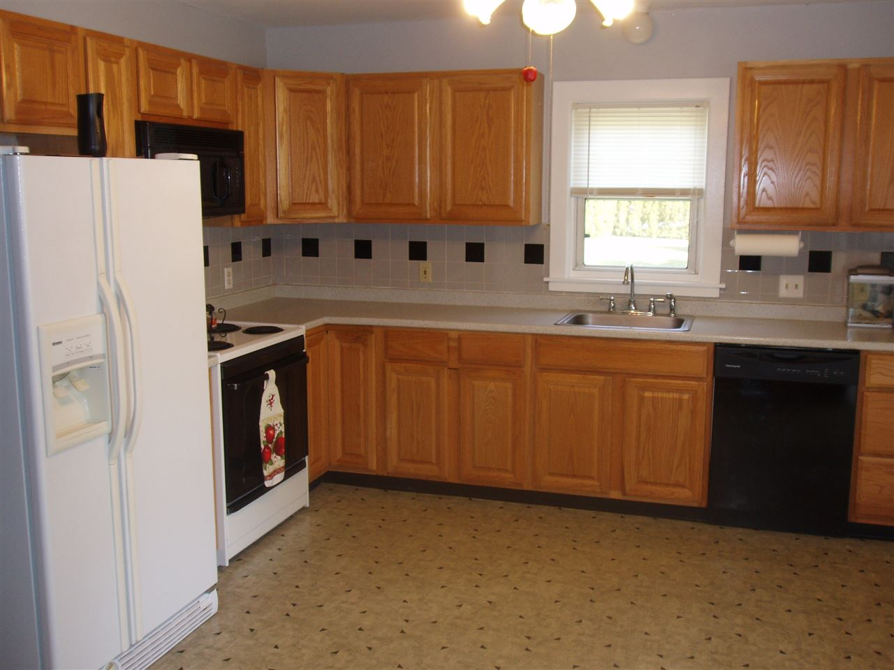 161 Calef Road, Manchester, NH 03103