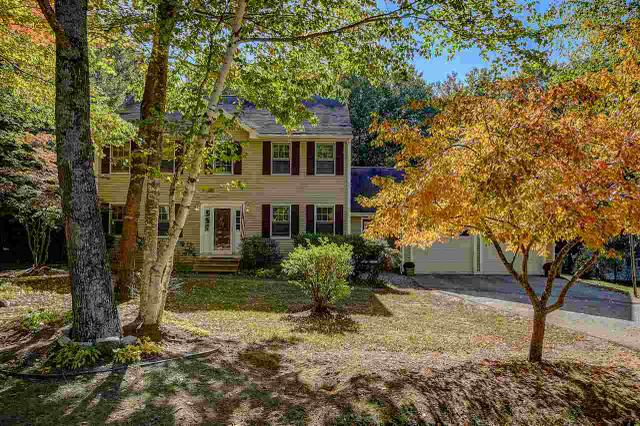 4 Friar Tuck Ln, Nottingham, NH 03290
