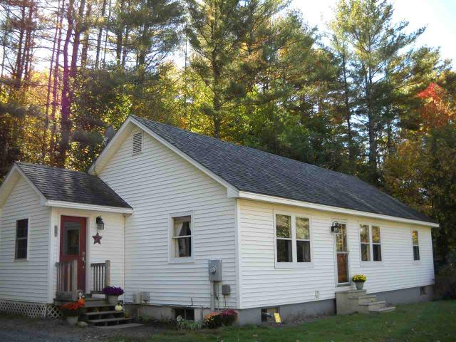 256 River Rd, Piermont, NH 03779