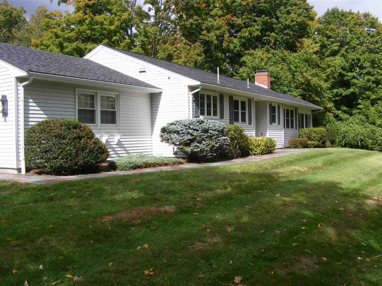 46 Maple Ave, Atkinson, NH 03811