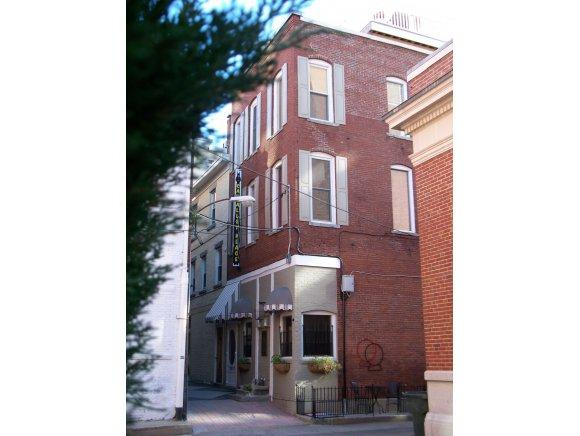 4 Dean Ave #1, Manchester, NH 03101