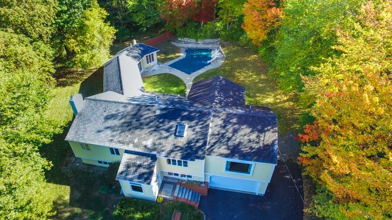 68 Middle Dunstable Road, Nashua, NH 03062