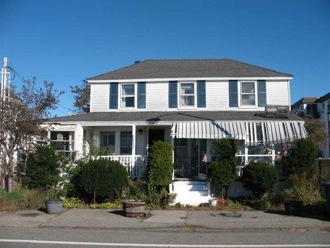 489 Ocean Blvd, Hampton, NH 03842