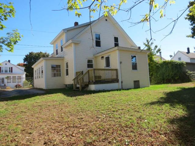 81 Pine St, Rochester, NH 03867