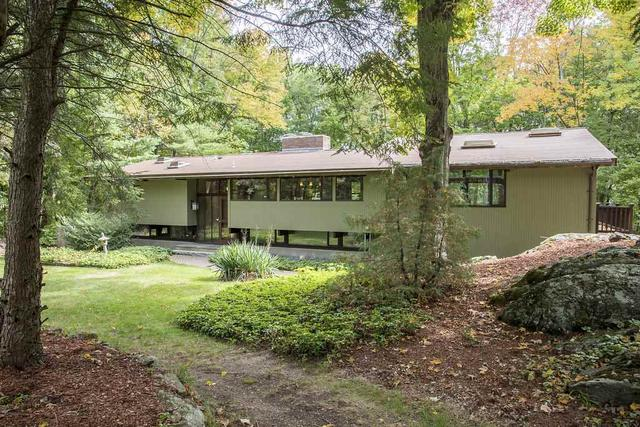 14 Oriole Rd, Windham, NH 03087