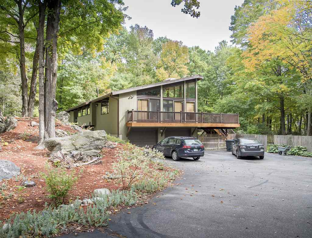 14 Oriole Road, Windham, NH 03087