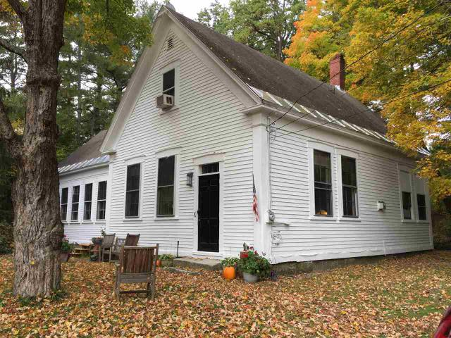15 School St, Epping, NH 03042