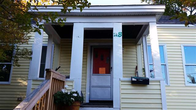 28 Broadway, Dover, NH 03820