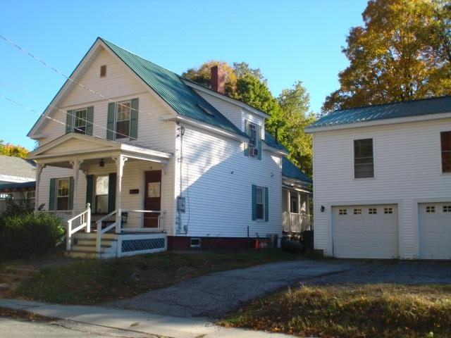 34 Grove St, Claremont, NH 03743