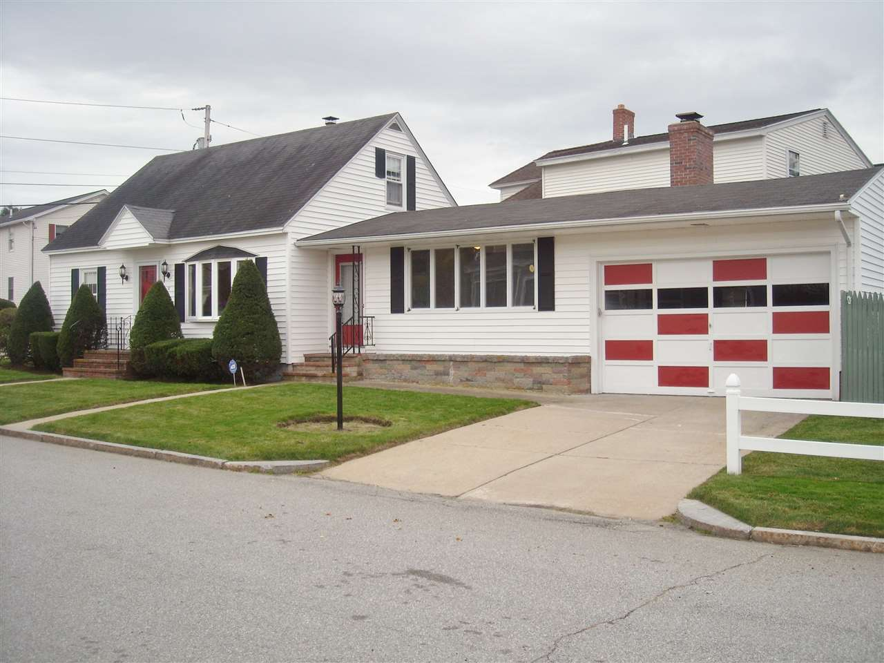12 Chapleau Ave, Manchester, NH 03102