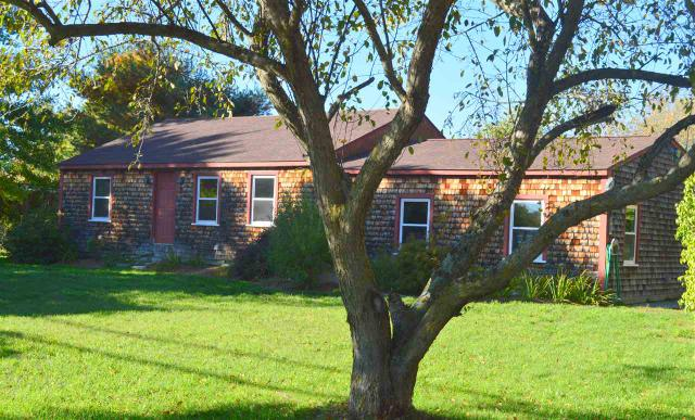 24 Stearns Rd, Amherst, NH 03031