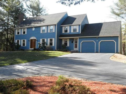 6 Currier Dr, Bow, NH 03304