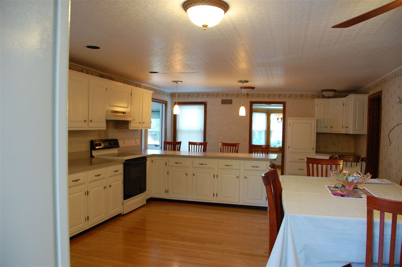 45 Cottage Street, Milford, NH 03055