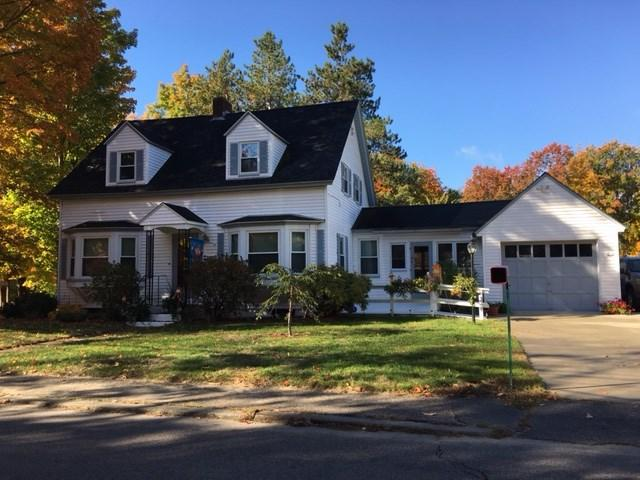 45 Cottage St, Milford, NH 03055