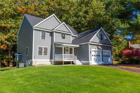 12 Lisa Beth Cir, Dover, NH 03820