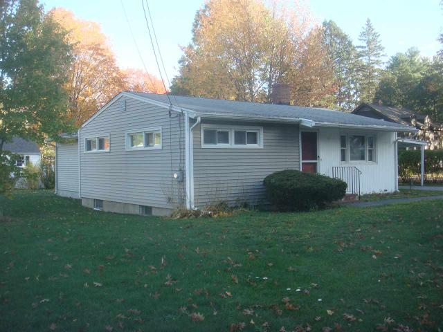 126 Back River Rd, Dover, NH 03820