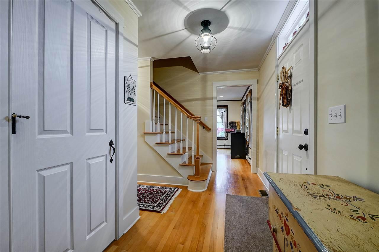 156 Broad Street, Hollis, NH 03049