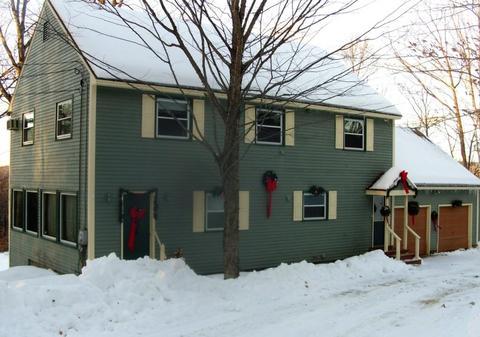 204 Pinnacle Hill Rd, New Hampton, NH 03256
