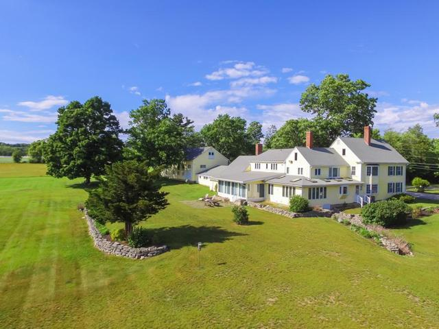 52 Chestnut Hill Rd, Amherst, NH 03031