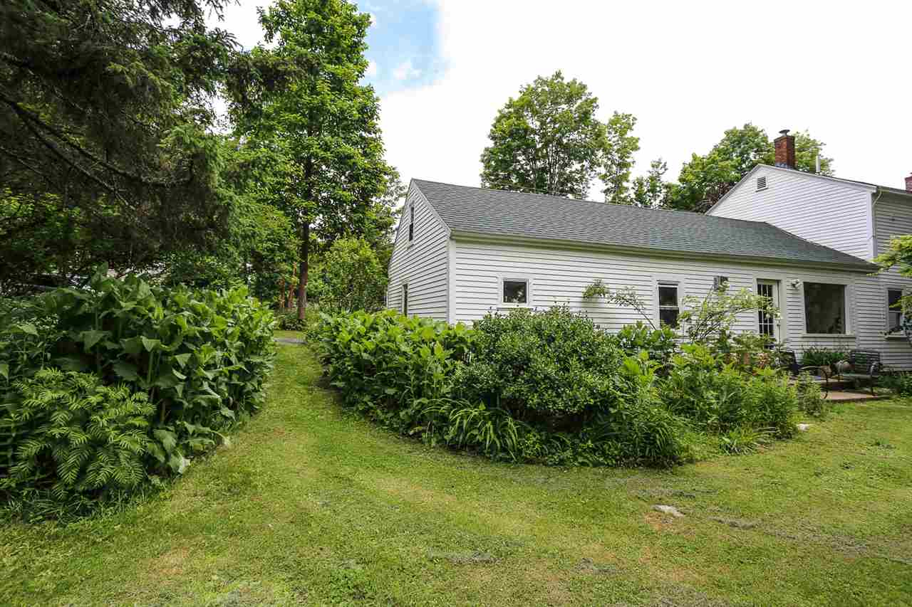 91 Christian Hill Road, Amherst, NH 03031