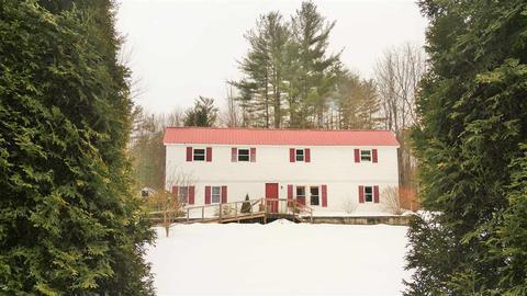 491 Calavant Hill Rd, Charlestown, NH 03603