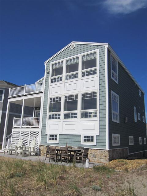 8 Beach Plum Way, Hampton, NH 03842
