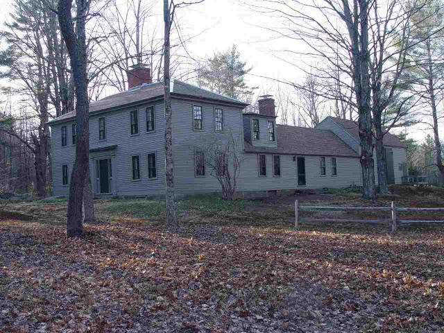 96 Old County Rd S, Francestown, NH 03043