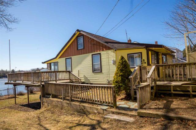 32 Cedar Point Rd, Durham, NH 03824