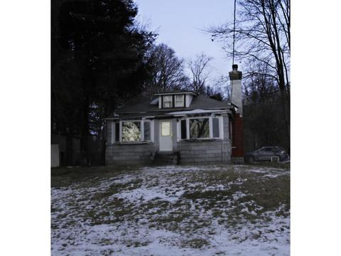 7 Breezy Knl, Hinsdale, NH 03451