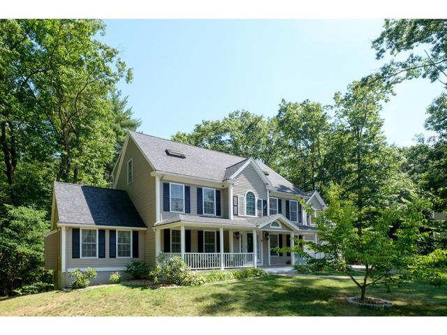 31 Woodland Rd, Dover, NH 03820