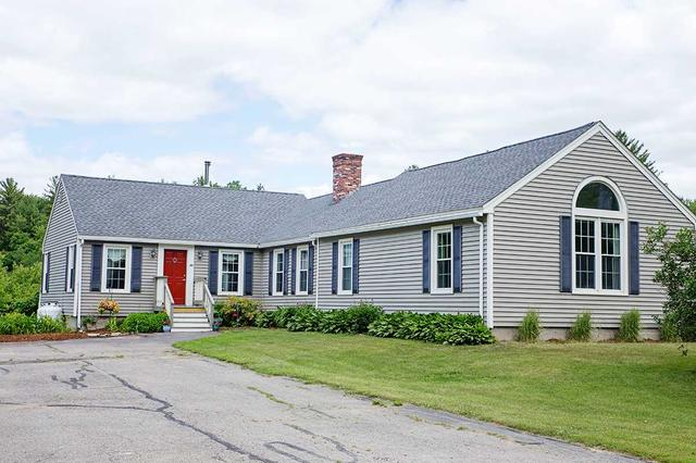 30 Clements Ln, East Kingston, NH 03827