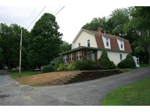 17 Dartmouth St, Claremont, NH 03743