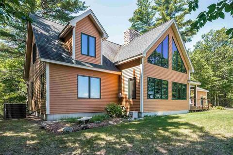 83 Mountain Vista Dr, New Hampton, NH 03256