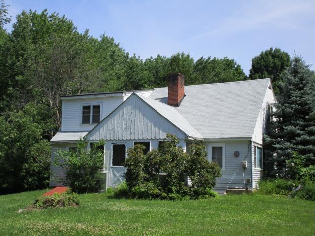 95 Oak Hill Rd, Barrington, NH 03825