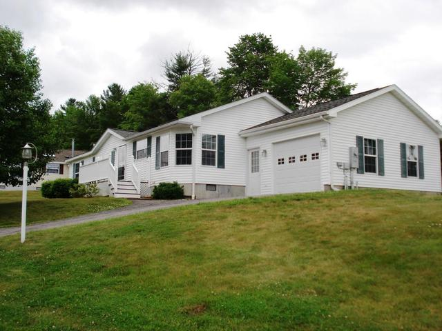 3 Mountain View Dr, Franklin, NH 03235