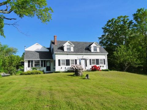 12 Old Towne Rd, Nelson, NH 03457
