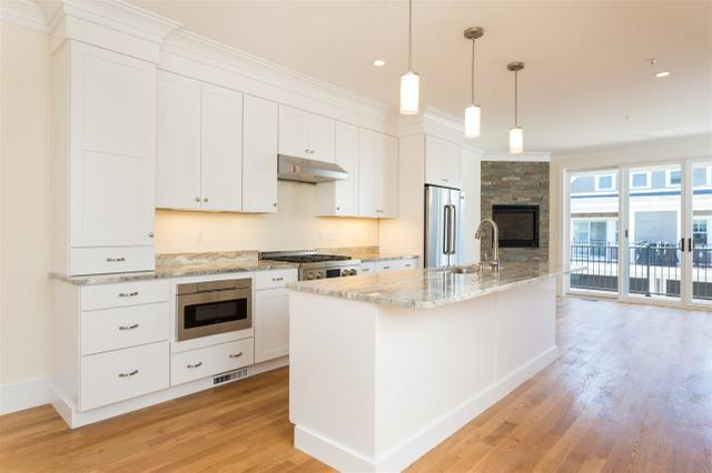 26 Cornwall St #12, Portsmouth, NH 03801