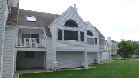 81 Osceola Rd #10, Waterville Valley, NH 03215