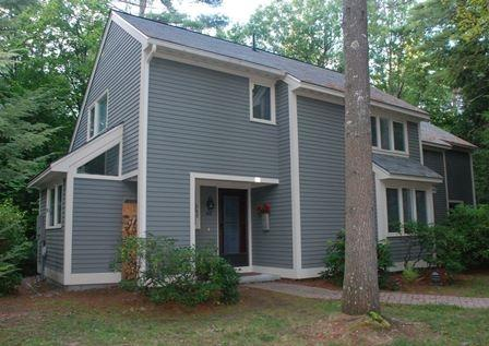 40 Point Breeze Rd #40, Wolfeboro, NH 03894
