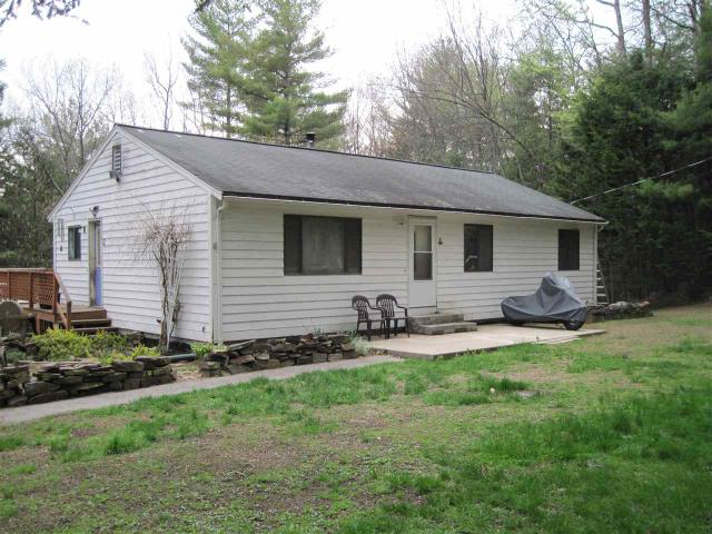 129 Rand Dr, Chester, NH 03036