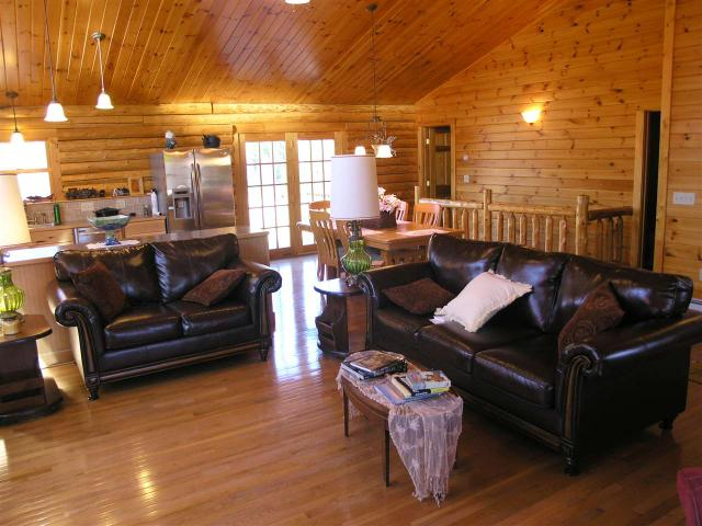 104 Little River Rd, Twin Mountain, NH 03595
