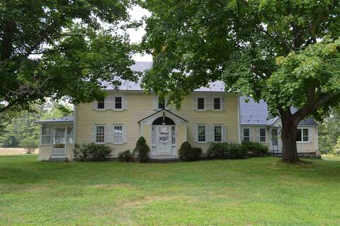 124 Governors Rd, Brookfield, NH 03872