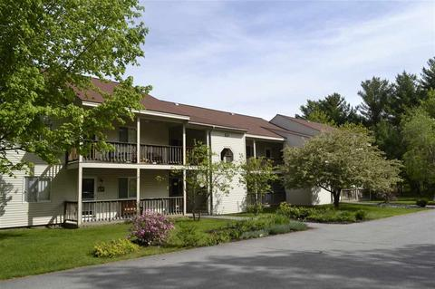 25 Fawn Meadows Ln #30, Conway, NH 03813